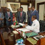 President Kenyatta signs the Statute Law (Miscellaneous Amendments) Bill